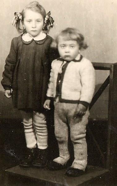 Oglądasz zdjęcia z artykułu: Dzieciństwo w Starym Węglińcu